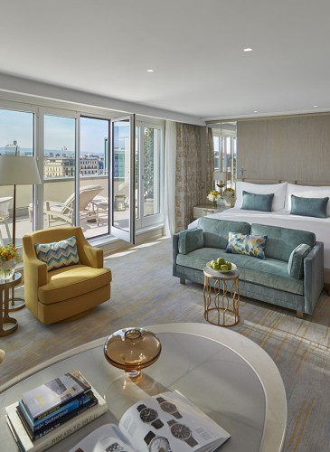 MandarinOrientalGeneva_Royal-Penthouse_Adjoining-rooftop-junior-suite