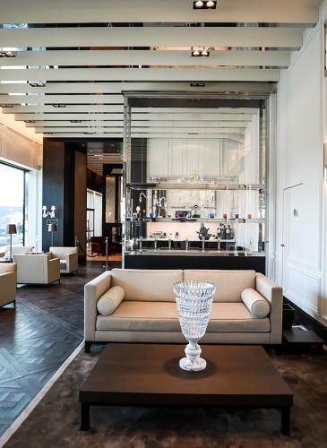 The Village - Lounge VIP copie