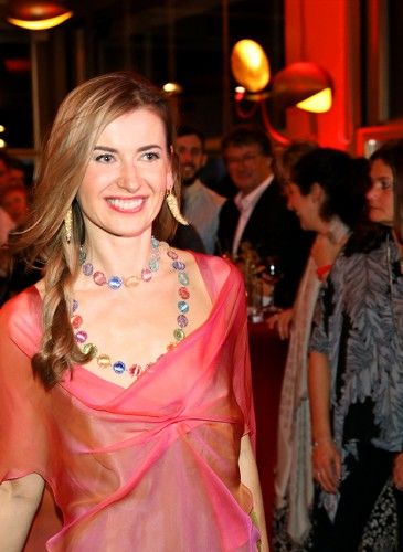 Nataliya Dolenko défile avec ses créations et bijoux Chopard - Soins de la peau, Coiffure & Maquillage L.RAPHAEL