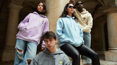 """Ricow, créateur de la marque de prêt à porter EVI132, mélange le concept ultime de l'art et de la mode dans sa collection """"KIDS FROM THE SKY""""."""