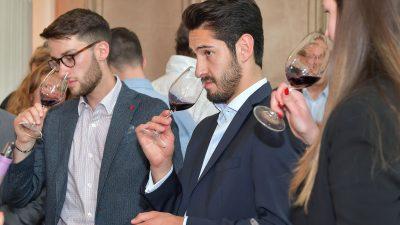 Les Rencontres Jean-Marc Quarin :  quand une sélection de Bordeaux sublime le goût du vin.