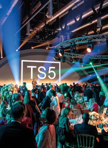 Red-Cross_Ball_2018©G.Maillotpoint-of-views.ch-7241