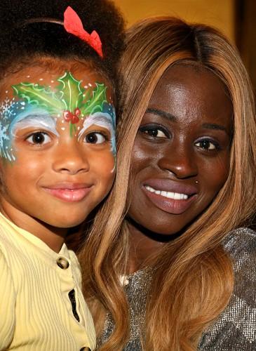 Mme Mbodji et sa fille