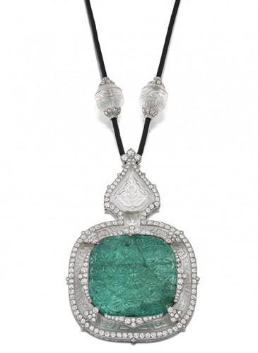 Un collier en cristal de roche et émeraude par Cartier, 1912 Jewels, Londres, le 4 décembre 2019. Vendu : £ 102'562 (CHF 128'904, incl. Premium)
